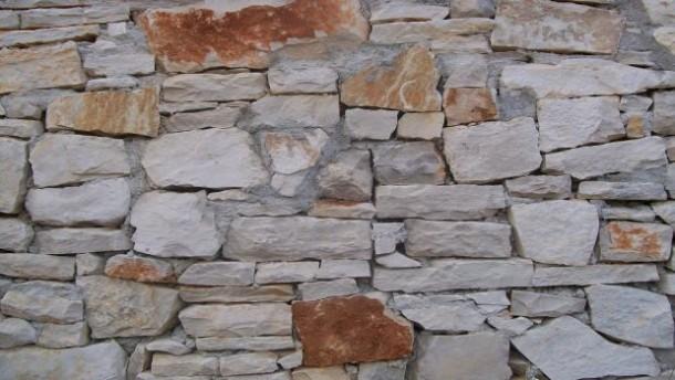 stoneWall5